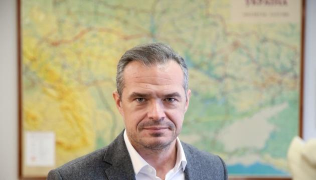 Укравтодор пропонує нову для доріг України технологію укочуваного бетону