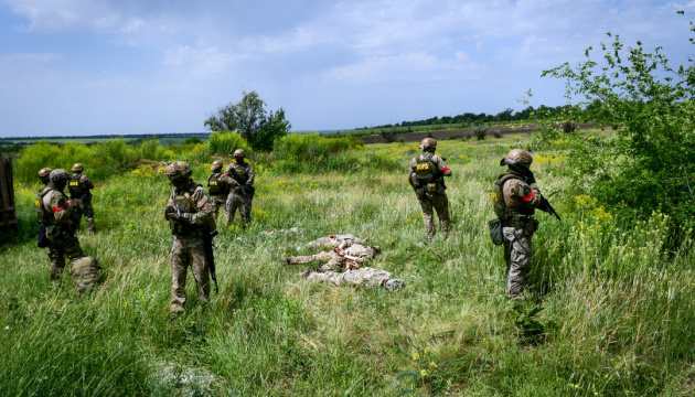 Escalation in Donbas: 16 enemy attacks, two Ukrainian soldiers killed, three wounded