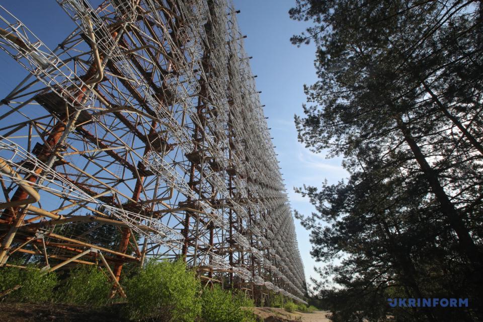 Будівля на території покинутого у зв'язку з аварією на ЧАЕС міста Чорнобиль-2 / Фото: Павло Багмут, Укрінформ