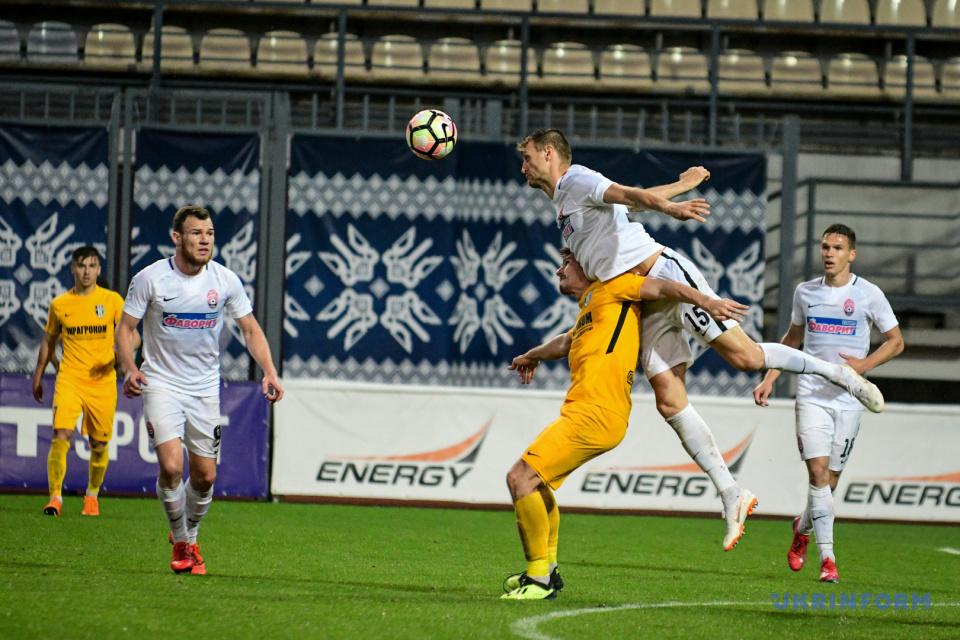 Piłkarze Zoria i FK Oleksandria podczas meczu Mistrzostw Ukrainy / Zdjęcie: Dmytro Smolienko, Ukrinform