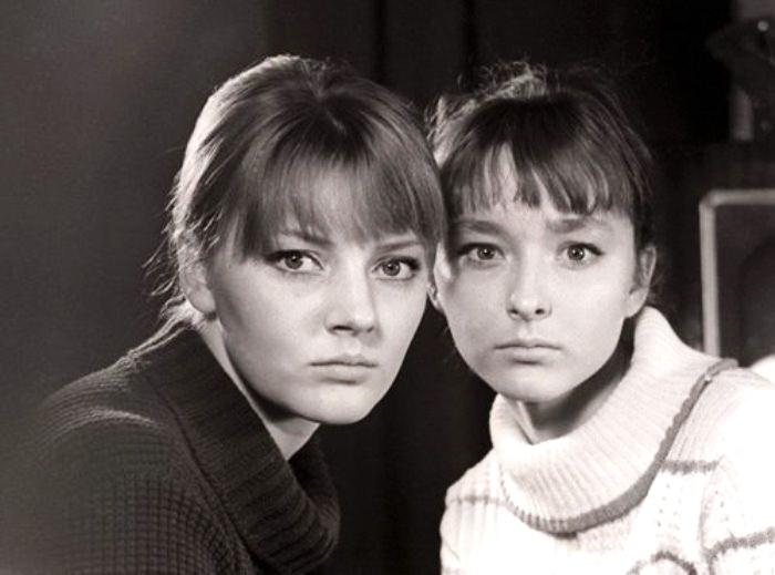 сестри Ммаріанна та Анастасія Вертинські