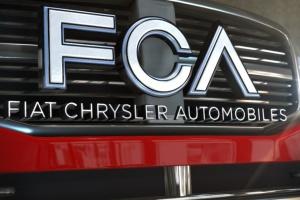 Fiat Chrysler понес миллиардные убытки из-за коронакризиса