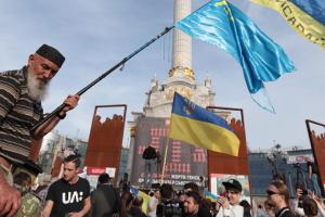 """Украинцы и крымские татары """"не клюют"""" на российскую пропаганду — Боднар"""