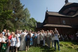 Порошенко на Прикарпатье посетил 350-летний храм