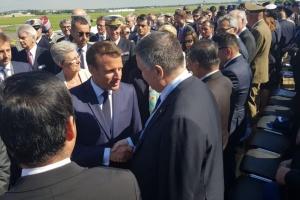 Макрон высоко оценил сотрудничество с Украиной в авиасфере — Аваков