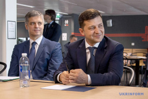 Zelensky invites French business leaders to Ukraine