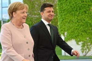 Präsident Selenskyj telefoniert mit Bundeskanzlerin Merkel