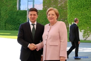【宇独首脳会談】対露制裁はウクライナの領土一体性が回復されてから解除される=メルケル独首相