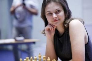 На шахматном турнире претенденток украинкам немного не хватало удачи