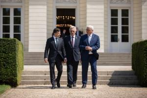 Zelensky se reúne con Steinmeier (Fotos)