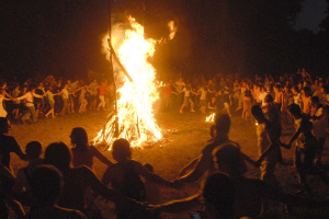 Этника, мистическое действо и огненная дорога: Винницкая область зовёт на «Живой огонь»