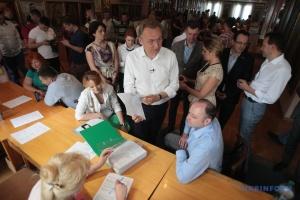 Садовий лідирує на виборах мера Львова - екзитпол студії Шустера і «Україна 24»