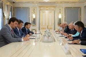 Зеленский встретился с членами наблюдательного совета «Ялтинской европейской стратегии»