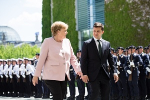 Zelensky en Alemania: 'Diplomacia de partido' más 'diplomacia del encanto' (Opinión del embajador)