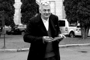 Убийство журналиста Комарова: личность подозреваемого до сих пор не установлена