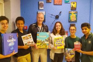 Бібліотека однієї зі столичних шкіл ОАЕ поповнилася книжками про Україну