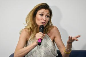 Україна не отримувала від ЄС офіційного сигналу щодо перегляду безвізу — Джапарова