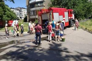 В Константиновский район и Торецк за выходные подвезли более 100 тонн воды