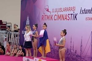 Маленькі українки посіли призові місця на змаганнях з гімнастики у Стамбулі