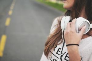 Половина опитаних вважає, що мовні квоти позитивно вплинули на українську музику