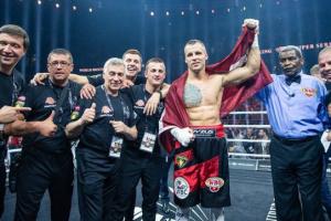 Латвійський боксер Брієдіс став новим чемпіоном WBO у важкій вазі