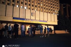 До ЦВК приходили представники партії Саакашвілі, але в будівлю їх не пустили