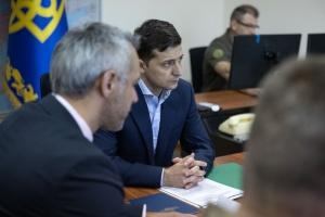 Зеленський узгодив документи про порядок застосування ЗСУ