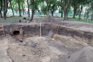 Черниговские археологи откопали остатки древнерусского вала