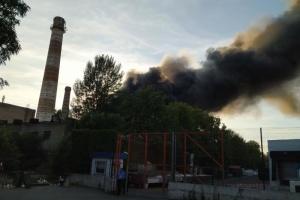 Рятувальники ліквідували пожежу на складі секонд-хенду під Києвом