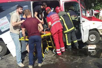 26 Verletze bei schwerem Unfall in Oblast Kyjiw - Fotos