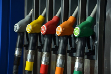 Gasoline and diesel fuel dropped in prices in Ukraine