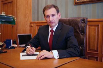 Представник Зеленського в КСУ розкритикував рішення про е-декларації