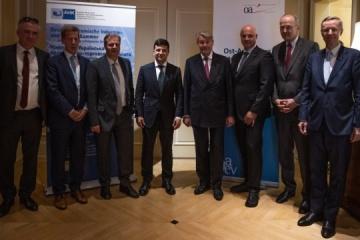 Zelensky assures German business of independence of investments in Ukraine