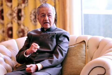 "Malaysischer Regierungschef Mahathir Mohamad nennt Ermittlungsergebnisse zu MH17-Abschuss ""politisch motiviert"""