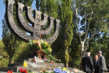 The memory of June 22, 1941: was it possible to avoid many victims among the Jewish population?