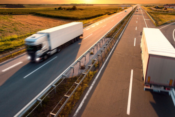Rusia permite parcialmente el tránsito de mercancías ucranianas