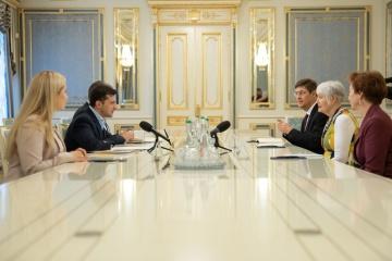 Zelensky se reunió con la presidenta de la Asamblea Parlamentaria de la OTAN
