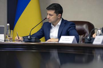 Zelensky a accordé la citoyenneté à 14 combattants volontaires étrangers