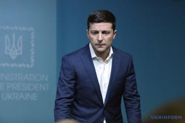Volodymyr Zelensky s'est entretenu pour la première fois avec Vladimir Poutine