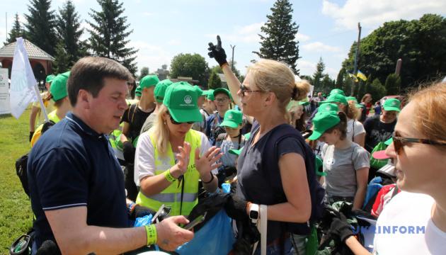 Зубко закликав усі ОТГ  провести плогінг до дня охорони довкілля