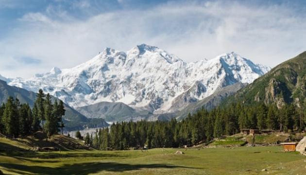 У Гімалаях знайшли тіла п'ятьох із восьми зниклих альпіністів