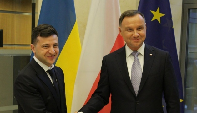 Ukrainian, Polish presidents meet in Brussels
