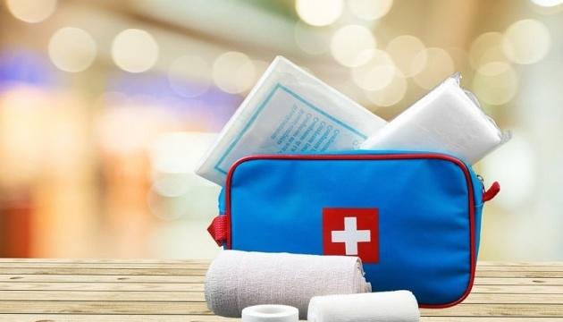 Манікюр, вулична їжа та аптечка: у Супрун дали поради для безпечної відпустки