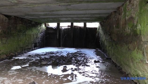 Забруднення річки Рось: у воді знайшли сліди 11 хімікатів