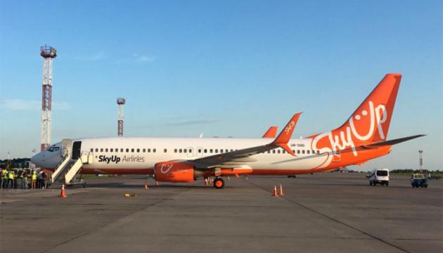 Резервний літак компанії SkyUp зламався через 20 хвилин після злету