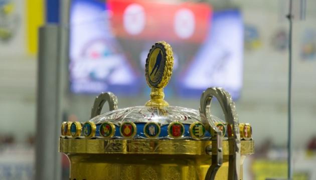 Заявки на участь в новому сезоні УХЛ подали 5 клубів