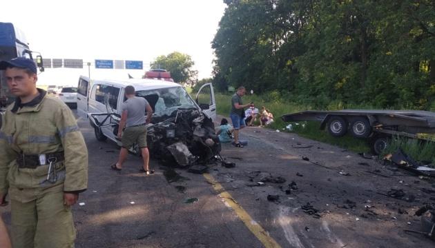У ДТП на одеській трасі постраждали семеро людей