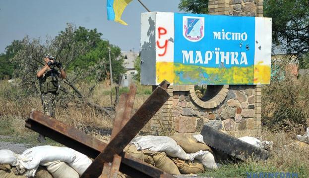 Окупанти обстріляли Мар'їнку, осколком поранена місцева мешканка