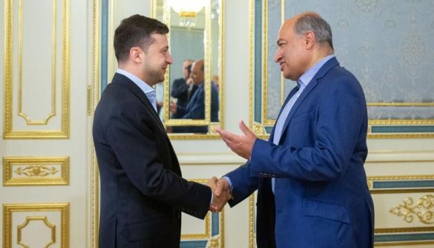Zelensky: Ucrania pretende fortalecer la cooperación con el BERD (Fotos)