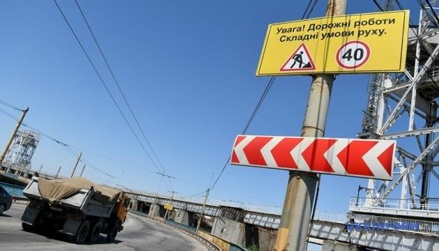 На плотине Днепровской ГЭС начались ремонтные работы